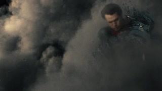超人被氪星飞船狂揍