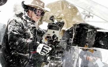 《八恶人》中文特辑 克服困境昆汀挑战雪天拍摄