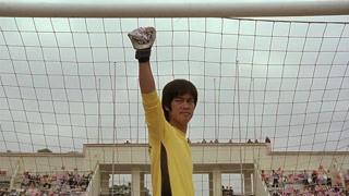周星驰致敬偶像李小龙先生