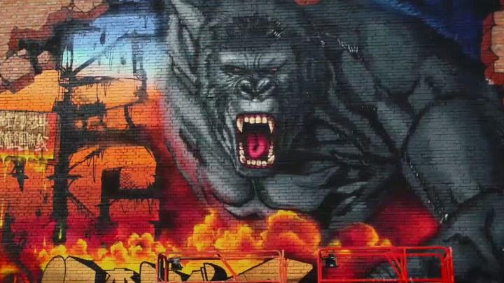 金刚:骷髅岛 其它花絮1:798涂鸦视频 (中文字幕)