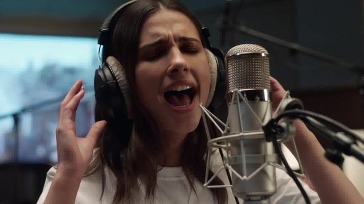 阿拉丁 MV6:娜奥米·斯科特演唱《Speechless》