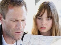 《叛谍杀机》中文预告 探员寻亲妙龄女儿遭劫持