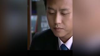 董事长被亲信出卖濒临破产,只能去给竞争对手下跪求饶 #钻石王老五的艰难爱情