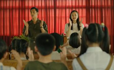 《想念哥哥》中文预告片 用歌声抚慰战争的伤痛