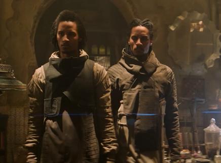 《黑衣人:全球追缉》全网热播 法国孪生兄弟炸舞姿尽展动作魅力