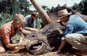 【侏罗纪公园】看点 科学家首窥恐龙真容 吓尿