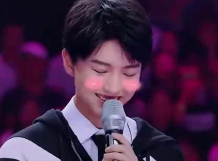 王俊凯《想唱》萌点串烧 被小王子甜甜的笑给打败!