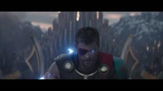 雷神超炫酷救场 就算没有锤子他也是永远的天神