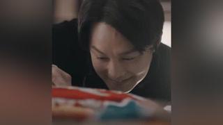 #鬓边不是海棠红 来感受一下梨园小辣椒的魔性笑声 #尹正