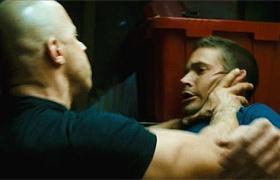 【速度与激情4】看点 沃克隐瞒真相遭迪塞尔暴揍