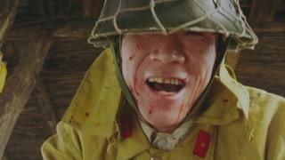 乱世豪杰:鬼子进村杀伤抢劫 铁蛋救桂花拿宝藏逃往后山
