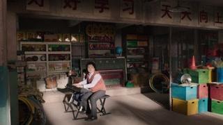 岳云鹏和女儿四手联弹钢琴  小岳岳这媳妇也太彪悍了