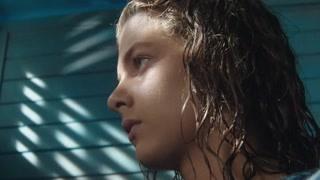 《我的天才女友》这两人产生感情了  光线都变唯美了