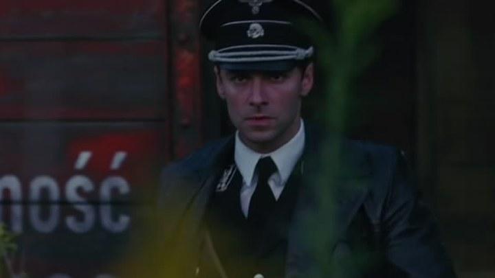 杀死希特勒与大脚怪的人 预告片2