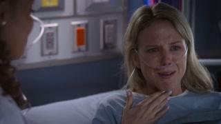 《良医》克莱尔及时叫停对伊丽莎白的手术并保住了她的声带