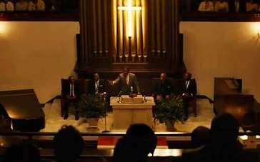 《塞尔玛》精彩片段 黑人集会希望获得选举投票权