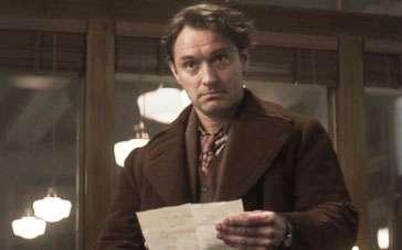 《天才捕手》片段 裘德·洛饰大作家认真读信