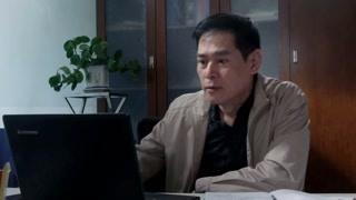《温暖的村庄》电视台台长对王一鸣事件也认为不能袖手旁观