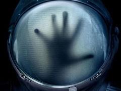 """《异星觉醒》全新中文特辑 披露太空""""惊悚历程"""""""