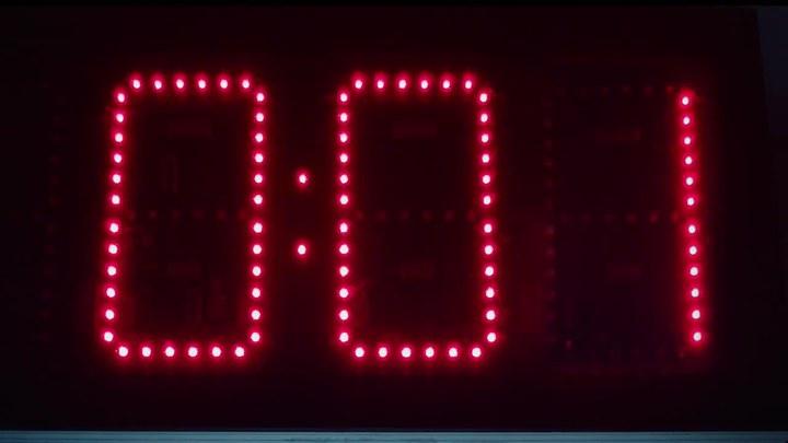 电锯惊魂8:竖锯 电视版2