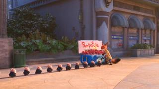 鼹鼠排队吃雪糕