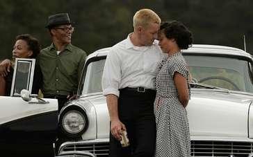 《爱恋》特辑 打破偏见见证异族婚姻