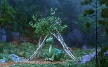 《恐龙当家》病毒视频 小恐龙搭木帐篷设法避雨