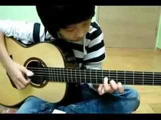 吉他表演视频 少年用吉他演奏《加勒比海盗》