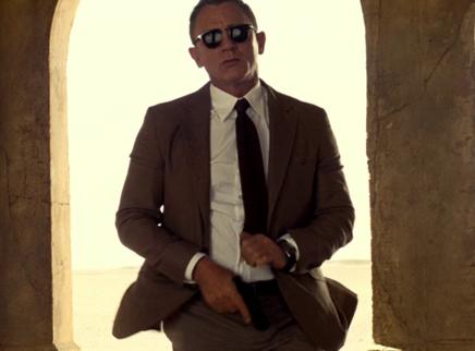 《007:无暇赴死》全新特辑 头号特工盛装出马