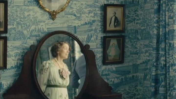 哈德逊岸边的海德公园 片段2:Do You Mind If I Call You Elizabeth?