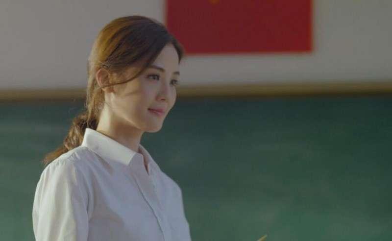 《会痛的十七岁》曝主题曲MV