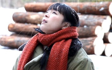 《三体》拍摄花絮 冰天雪地张静初不畏凛冽寒风