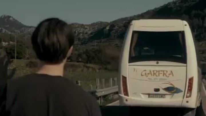 完美的陌生人 西班牙预告片
