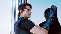 《碟中谍4》片段:徒手攀爬迪拜塔