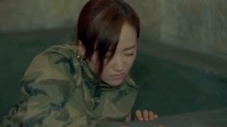 《美人为馅2》杨蓉绝对是个感性的女孩子,这些眼神说明了一切