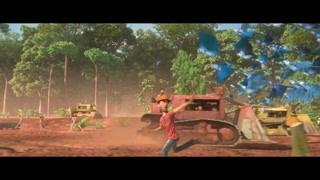 布鲁带着蓝金刚鹦鹉与伐木工人战斗