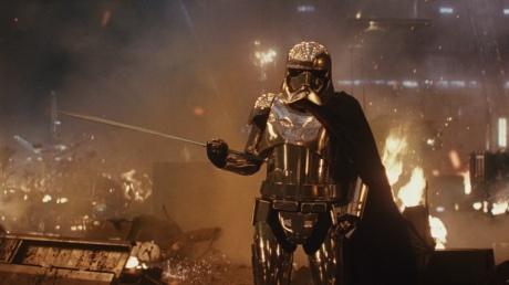 IMAX发布《星球大战8》中国红毯特辑