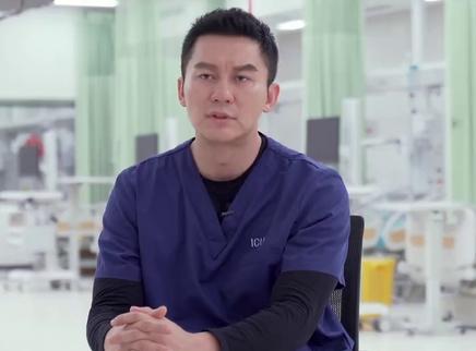 《中国医生》朱亚文李晨领衔演绎援鄂逆行者 一线抗疫英雄观影落泪