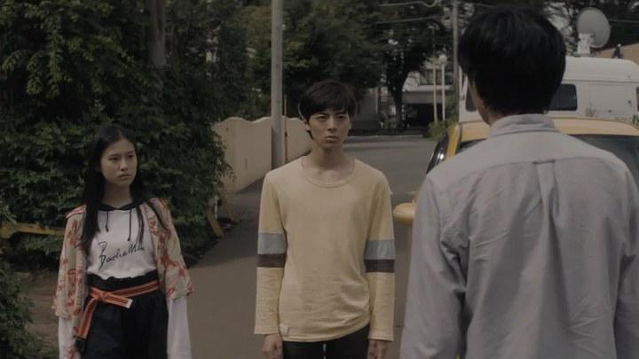 散步的侵略者 日本预告片4