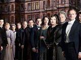 热门英剧《唐顿庄园》第三季片段曝光 设计精良两妇人针锋相对
