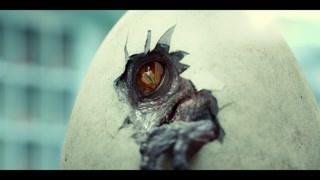 恐龙破壳而出 犀利的眼神你怕不怕