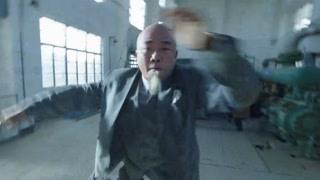 李俊杰和加莱大打出手