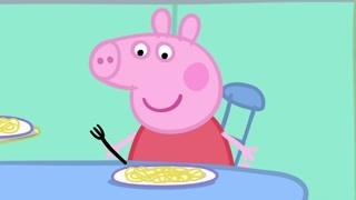 吃到掉牙的佩奇猪 看来猪界也有牙仙子的传说呢