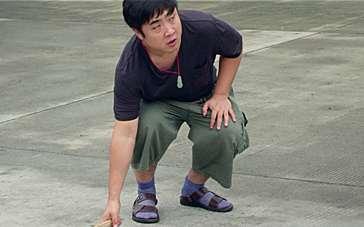 《小明》最时尚特辑 乔杉丝袜配凉鞋倍儿有feel