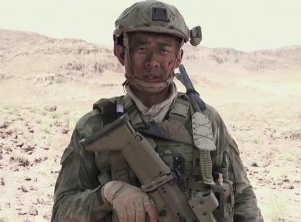 《红海行动》军事训练特辑 全员挑战极限展军威