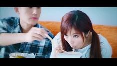 爱爱囧事 片尾曲MV《一个人爱上一个人》