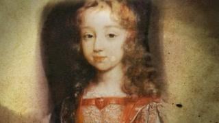 路易十四成为法国国王时年仅4岁,掌权后独断专制自称太阳王