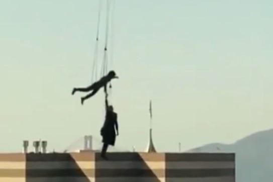 电影《黑客帝国4》曝出片场视频