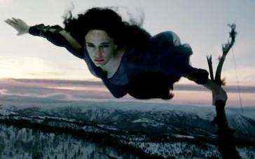 《黄金罗盘》预告片 神秘女巫爱娃·格林从天而降