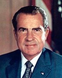 访问尼克松